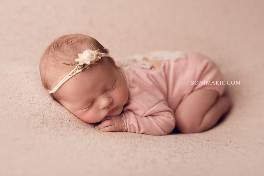 sesja dla noworodka wrocław 602.jpg